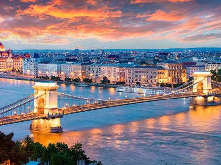 Будимпешта (Виена & Братислава) – 08.12 – 11.12.2021