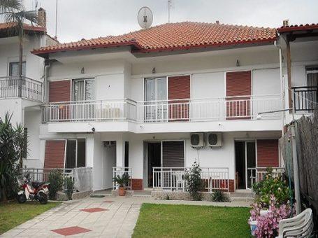 Villa Elena – Полихроно