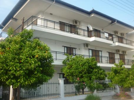 Villa Gouzelis – Неи Пори