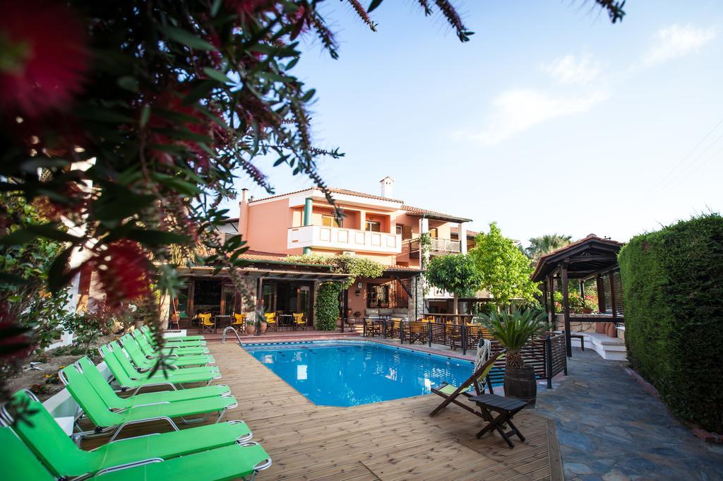 Hotel Ammon Garden 3* – Пефкохори