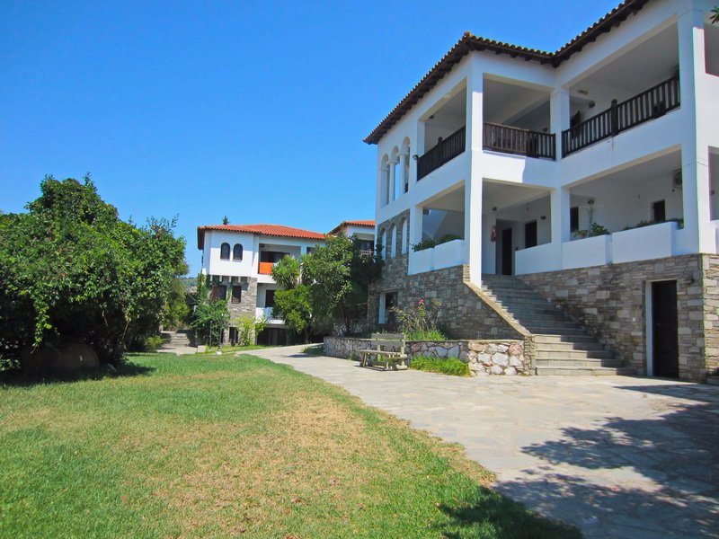 Nikiti Club Apartments – Никити