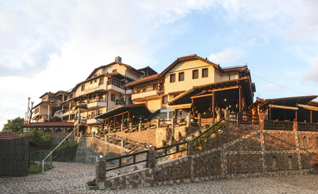Hotel Manastir 4* – Берово