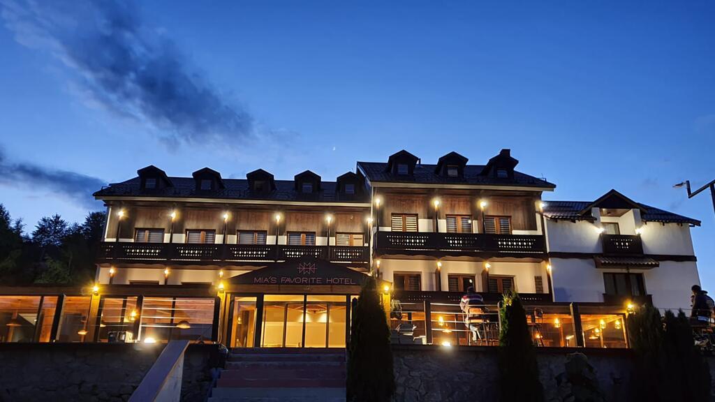 Hotel Mia's Favorite 4* – Маврово