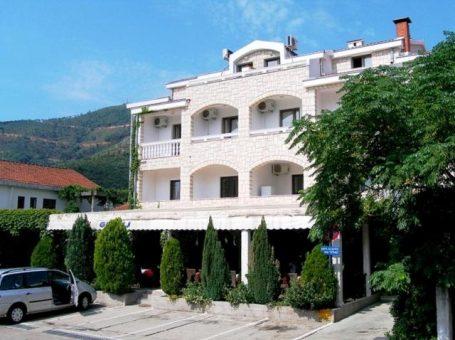 Hotel Grbalj 3* – Будва