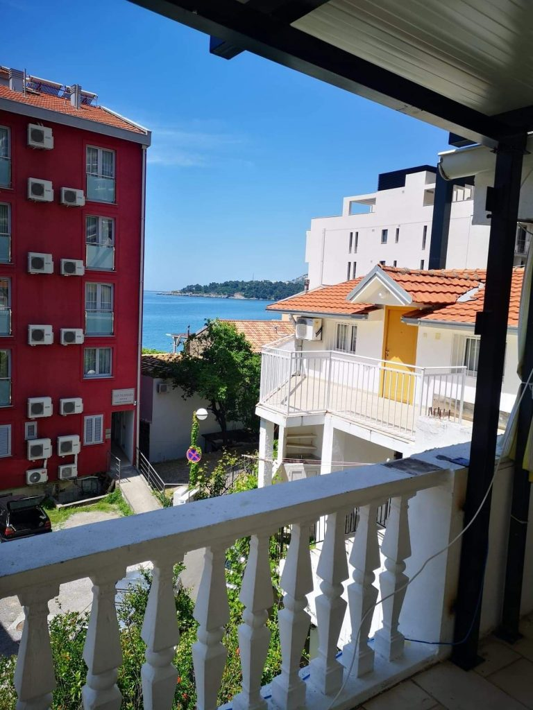 Apartments Rafailovići – Рафајловиќи