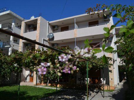 Apartments Lana – Сутоморе