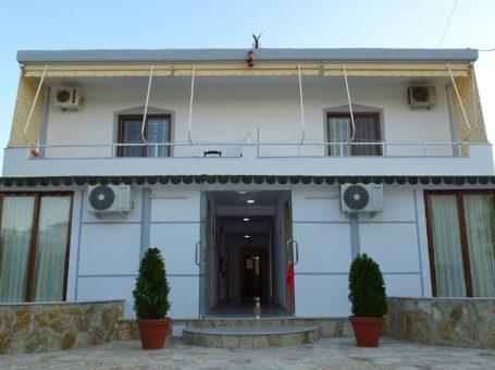 Villa Reni & Risi – Ксамил